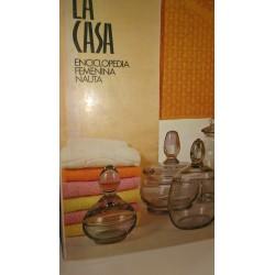 LA CASA Enciclopedia Femenina Nauta